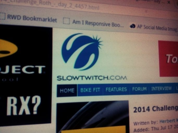 slowtwitch.com am e1-stand bei der Datev Challenge Rot